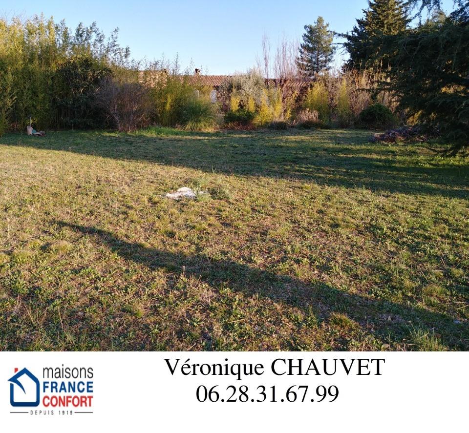 Terrains du constructeur MAISONS FRANCE CONFORT • 803 m² • FIGANIERES