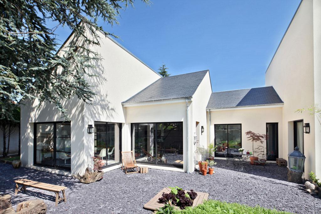 Terrains du constructeur MAISONS ERMI • 417 m² • LE MESNIL EN THELLE