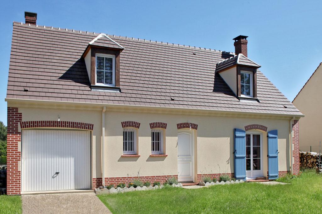 Terrains du constructeur MAISONS ERMI • 350 m² • VIARMES