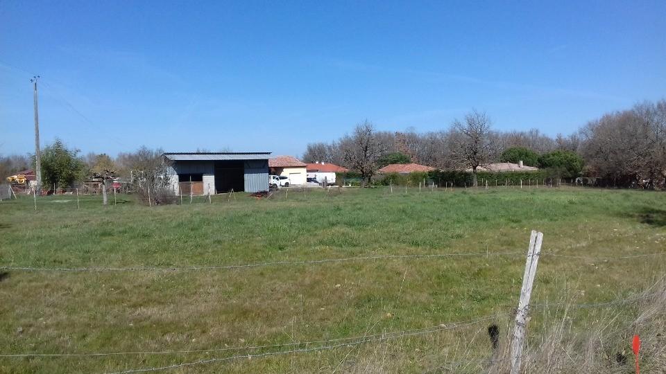Terrains du constructeur MAISONS FRANCE CONFORT • 580 m² • SAINT RUSTICE