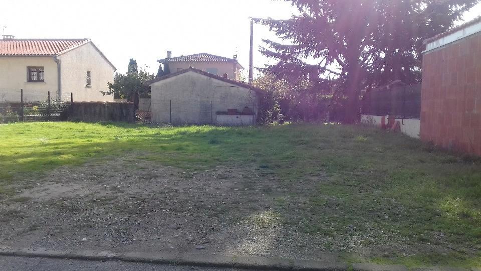 Terrains du constructeur MAISONS FRANCE CONFORT • 300 m² • TOULOUSE