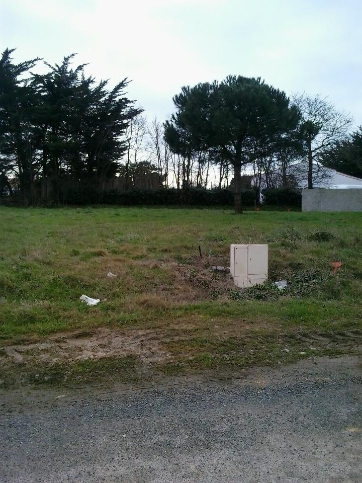 Terrains du constructeur LMP CONSTRUCTEUR • 488 m² • SAINT JULIEN DES LANDES