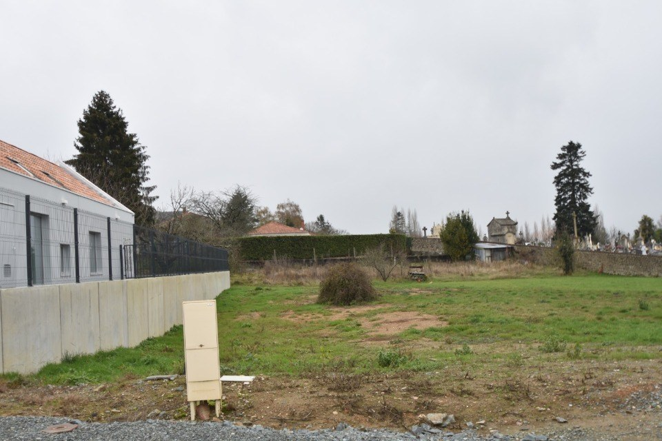 Terrains du constructeur LMP CONSTRUCTEUR • 640 m² • LA CAILLERE SAINT HILAIRE