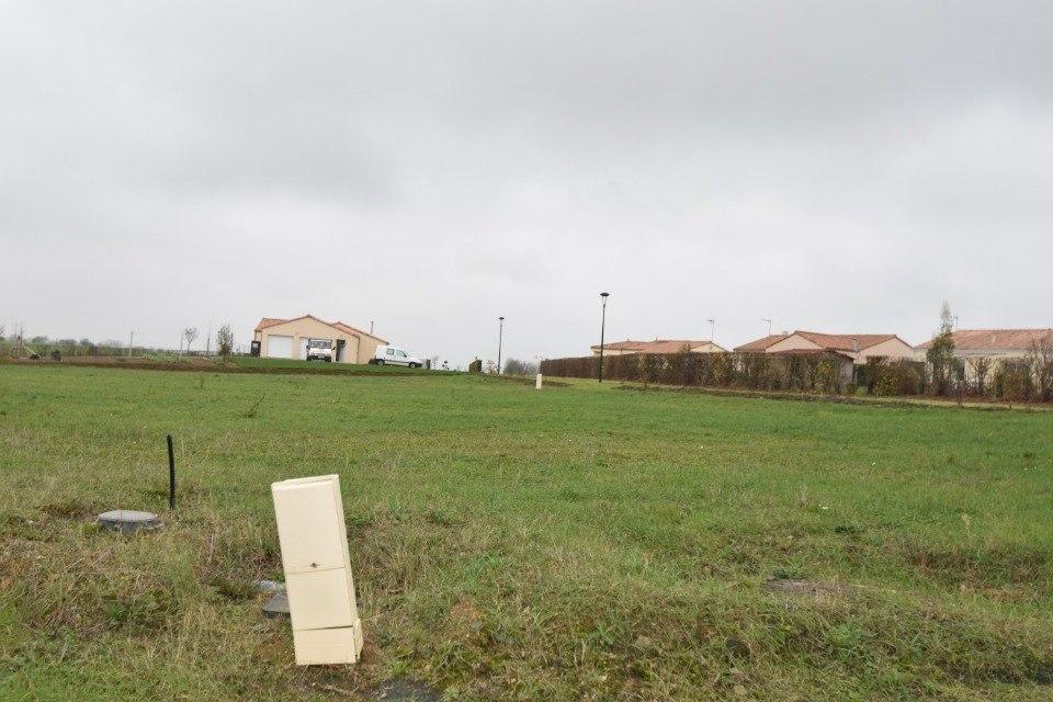 Terrains du constructeur LMP CONSTRUCTEUR • 571 m² • MOUILLERON EN PAREDS