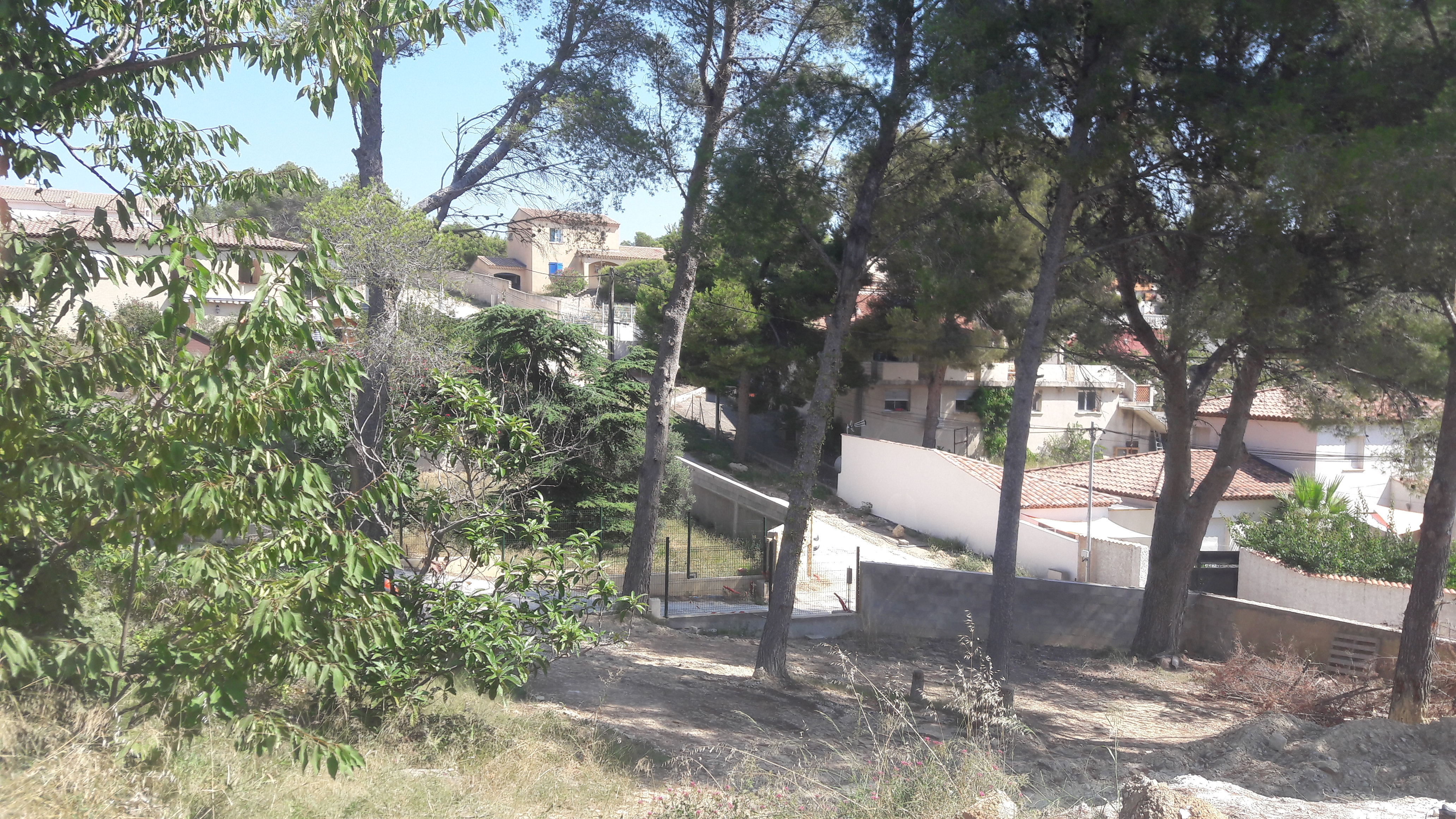 Maisons du constructeur ADN CONSTRUCTION • 360 m² • ENSUES LA REDONNE