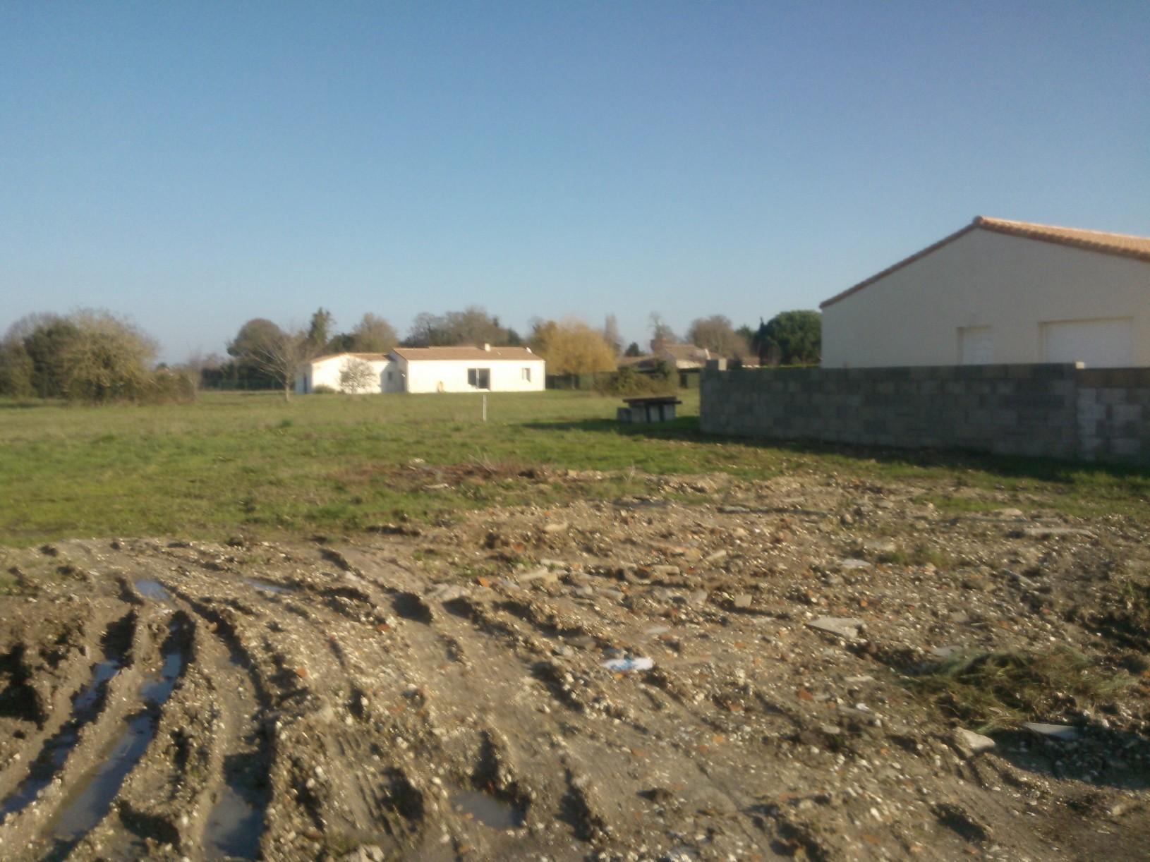 Terrains du constructeur MAISONS DU PAYS CHARENTAIS • 650 m² • ARVERT