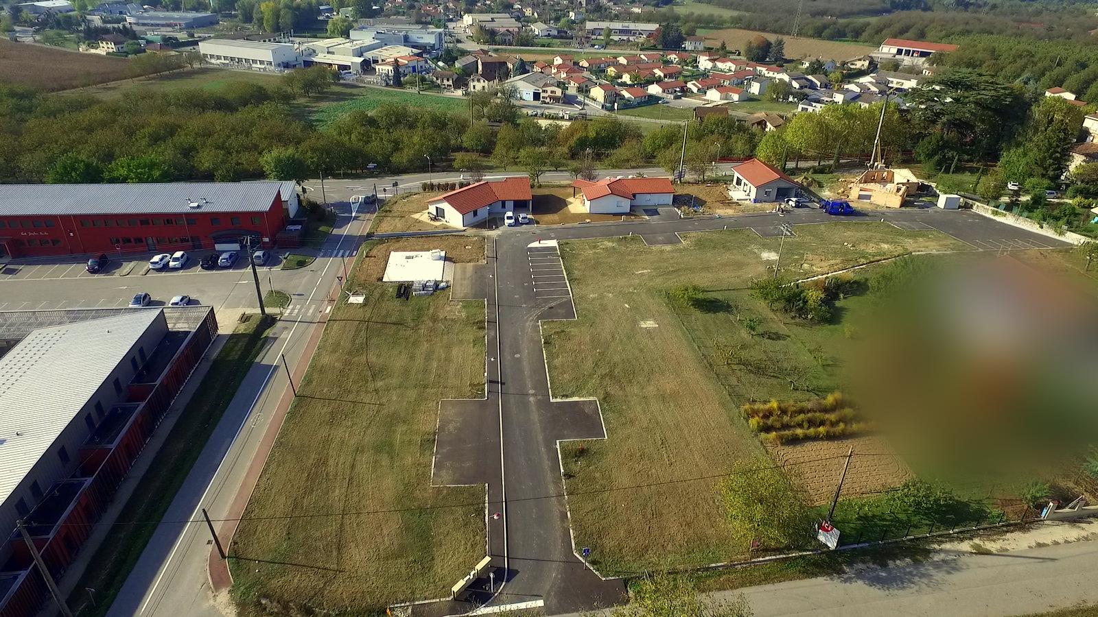 Terrains du constructeur BATIVILLA SARL A&K • 457 m² • HOSTUN
