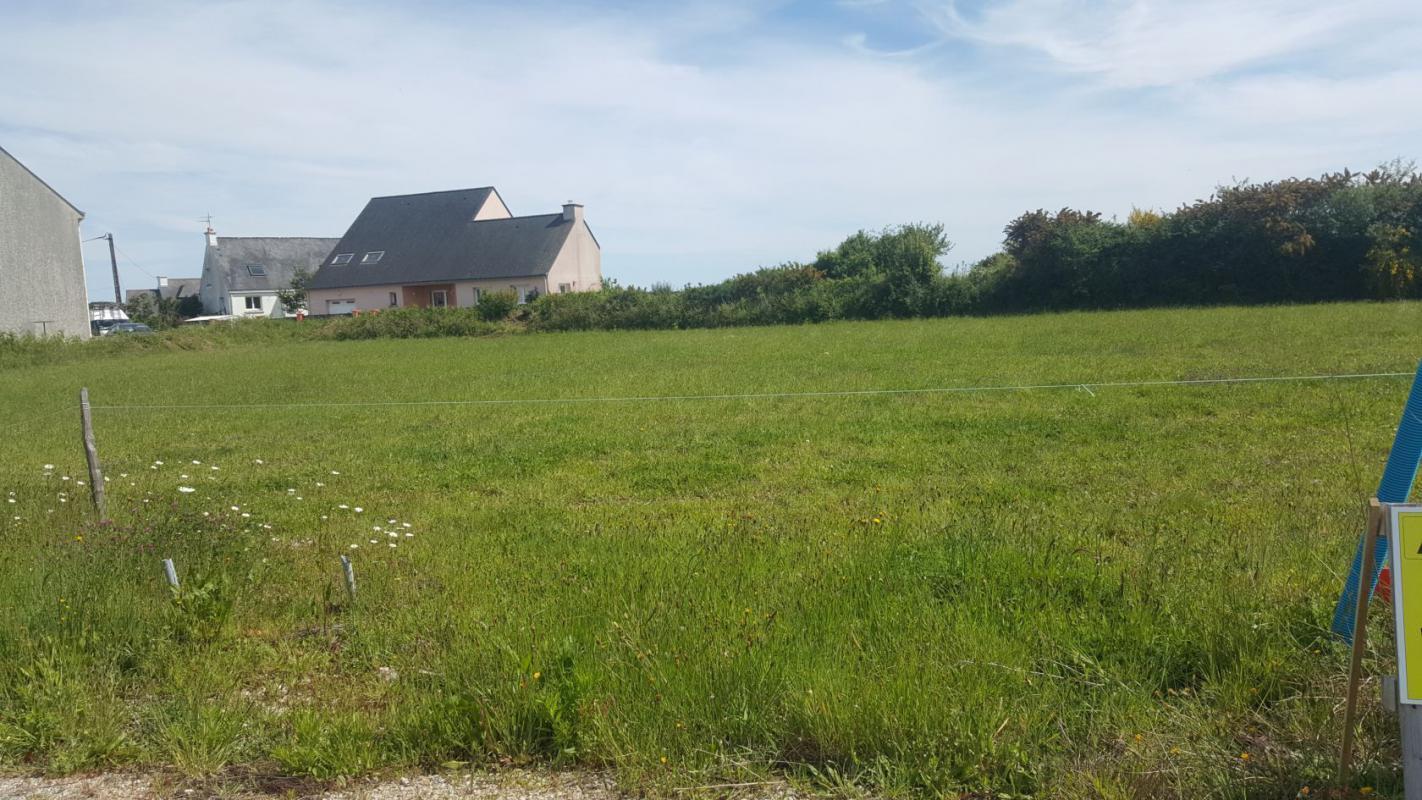 Terrains du constructeur MAISONS KERBEA • 635 m² • RIANTEC