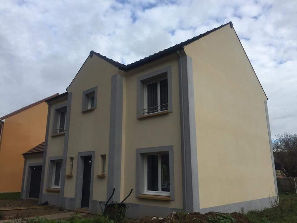 Maisons + Terrains du constructeur MAISONS COM • 128 m² • MAREUIL LES MEAUX