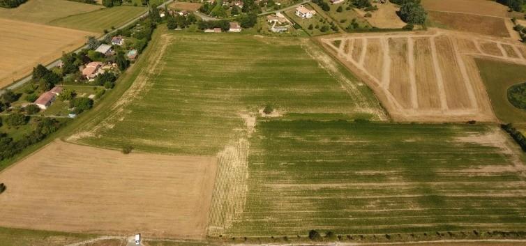 Terrains du constructeur MAISONS FRANCE CONFORT • 900 m² • SAINT JEAN LHERM