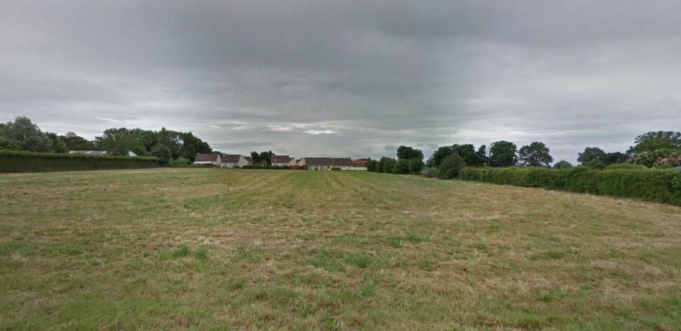 Terrains du constructeur MAISONS FRANCE CONFORT • 683 m² • SAINT LEGER EN BRAY