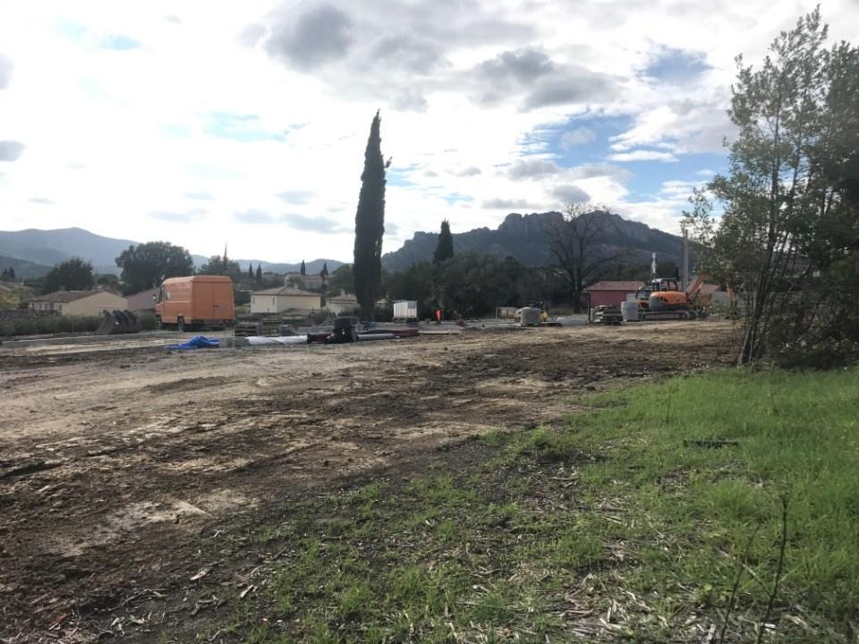 Terrains du constructeur MAISONS FRANCE CONFORT • 635 m² • ROQUEBRUNE SUR ARGENS