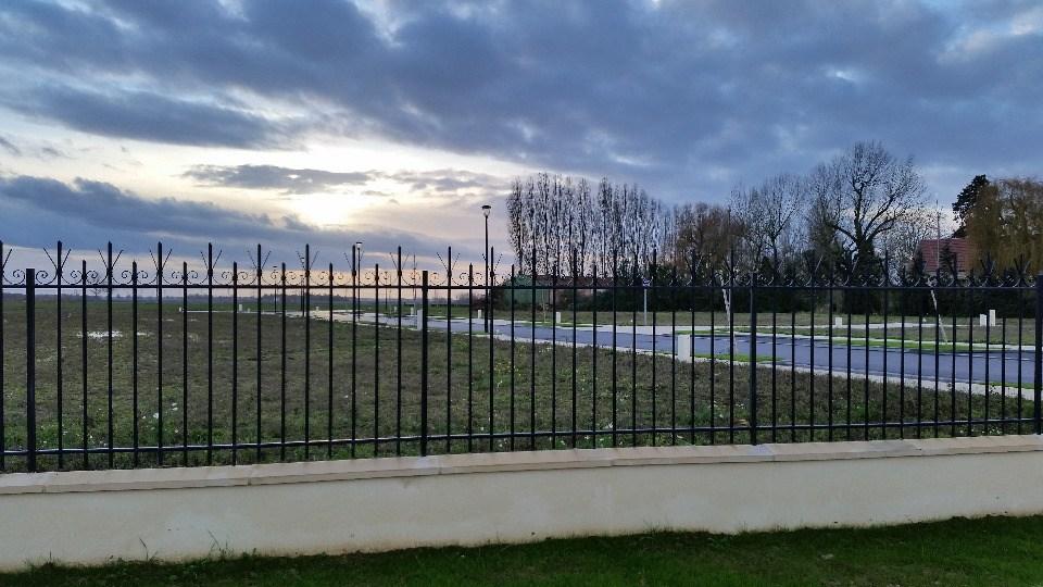 Terrains du constructeur MAISONS FRANCE CONFORT • 324 m² • URY