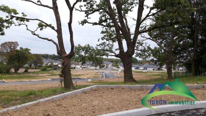 Terrains du constructeur IDRON IMMOBILIER • 679 m² • PAU