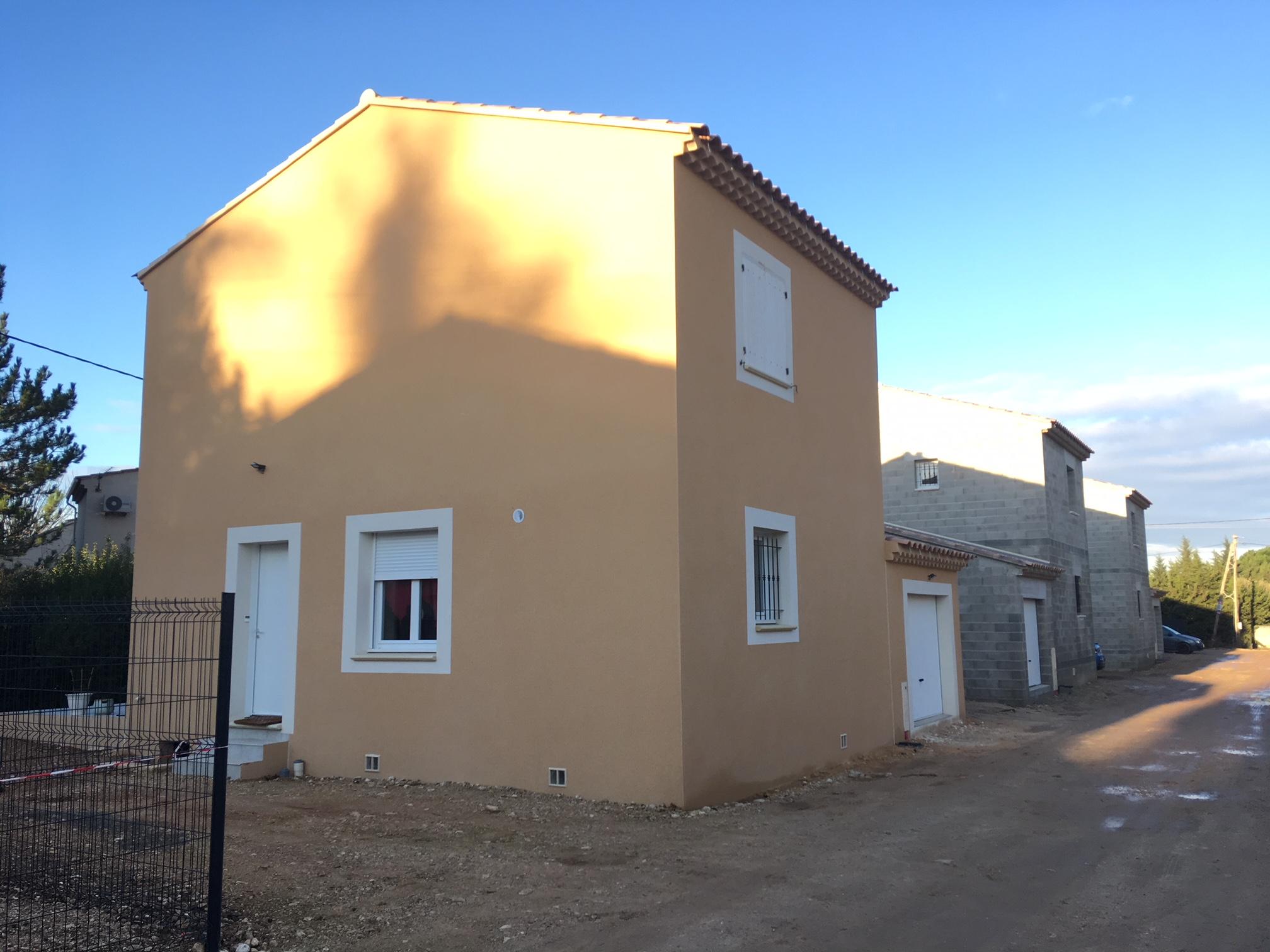 Maisons du constructeur VENTOUX HABITAT • 94 m² • CARPENTRAS