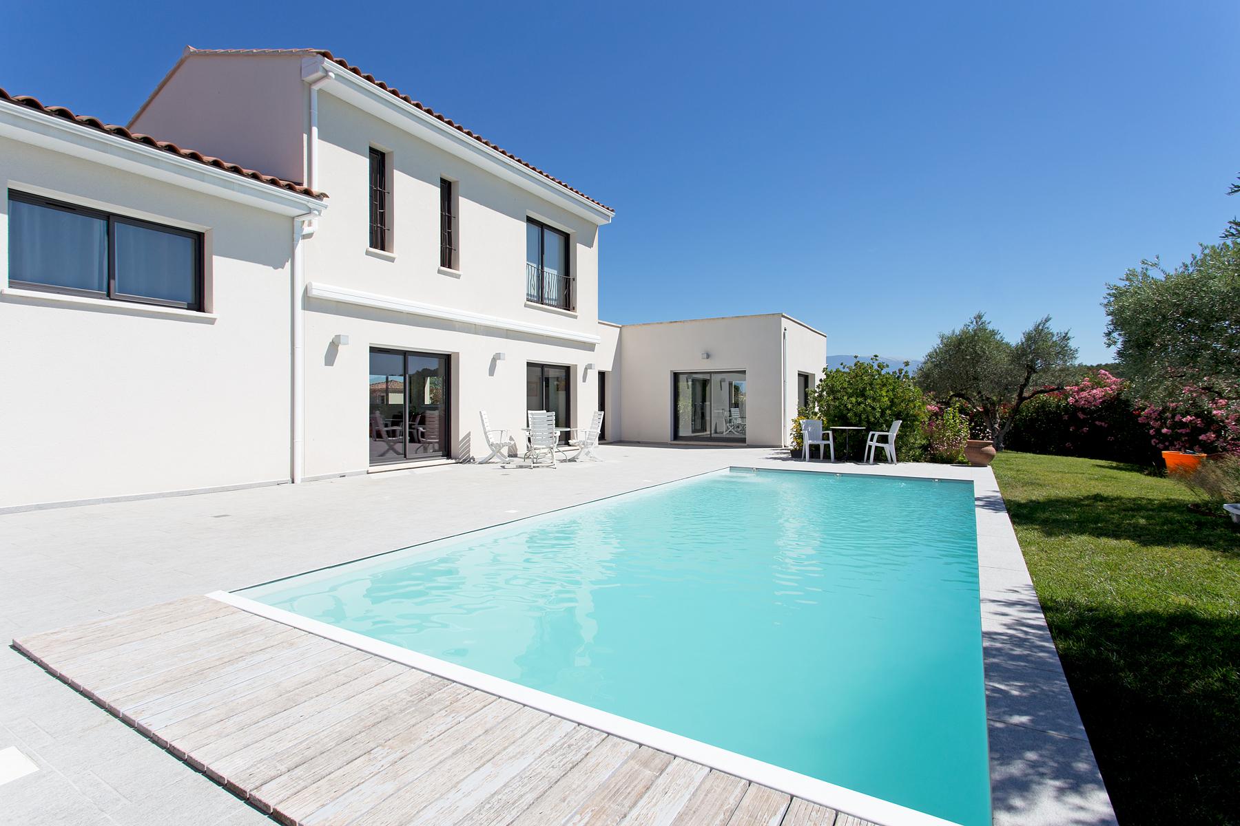 Terrains du constructeur VENTOUX HABITAT • 2400 m² • VENASQUE