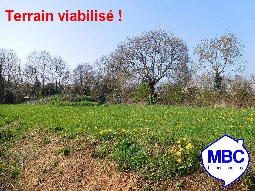 Terrains du constructeur MBC IMMO • 590 m² • SAINT LAURENT DES AUTELS