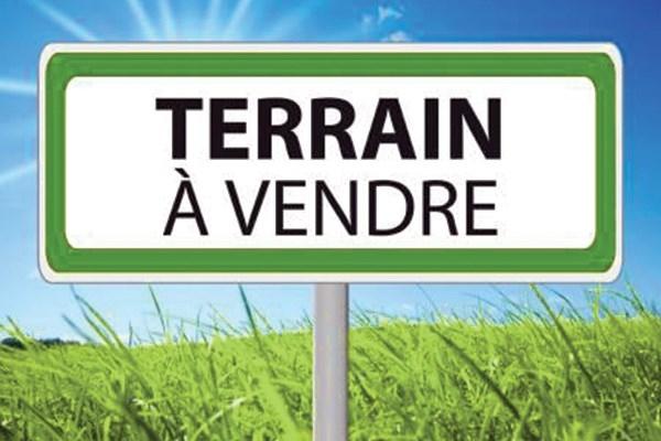 Terrains du constructeur CAPI FRANCE • 862 m² • ALLIER