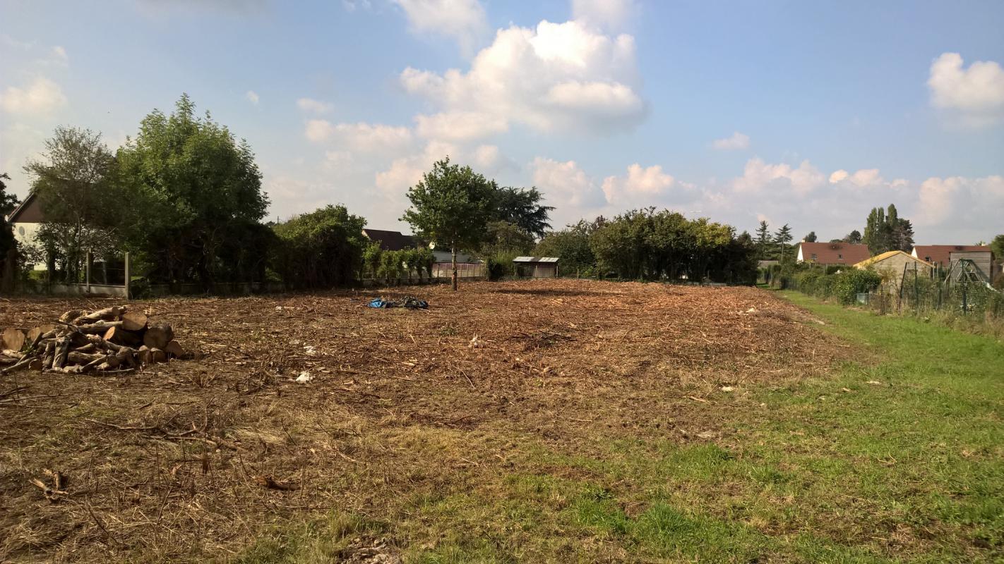 Terrains du constructeur GROUPE DIOGO FERNANDES • 856 m² • ABONDANT