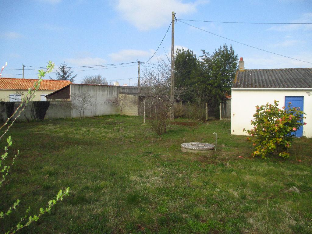 Terrains du constructeur L ADRESSE CHALLANS • 657 m² • CHALLANS