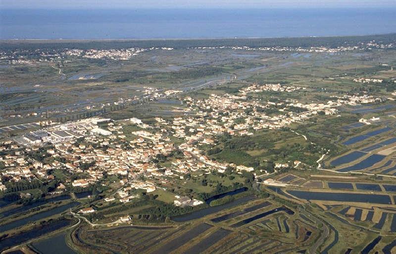 Terrains du constructeur AGENCE DELILLE • 4500 m² • LE CHATEAU D'OLERON