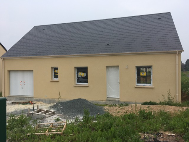 Maisons + Terrains du constructeur LES MAISONS KERBEA • 80 m² • SAINT JULIEN LE FAUCON
