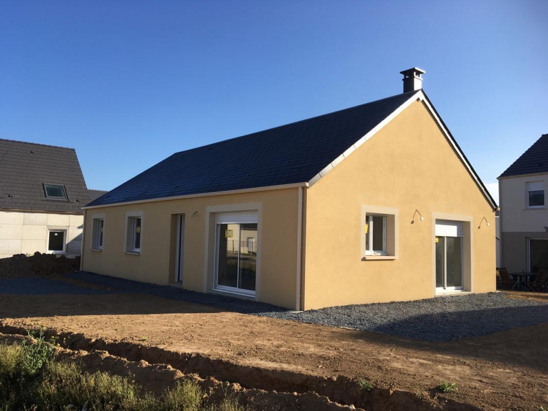 Maisons + Terrains du constructeur LES MAISONS KERBEA • 72 m² • SAINT PIERRE SUR DIVES
