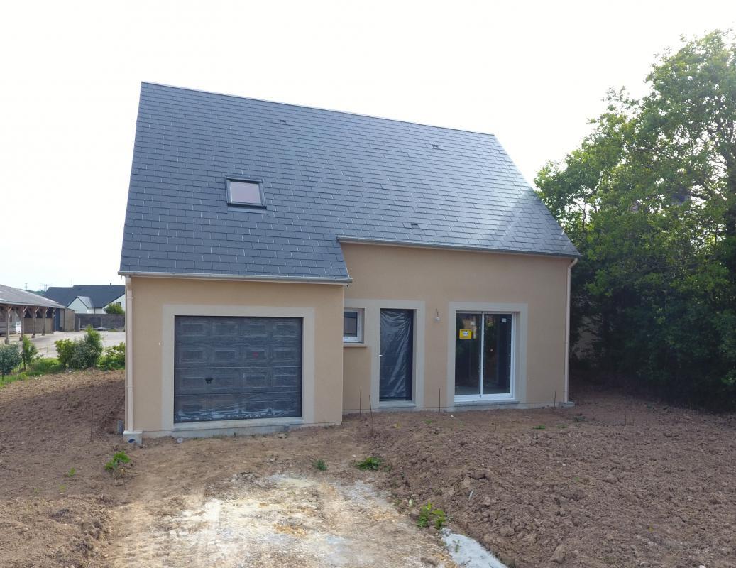 Maisons + Terrains du constructeur LES MAISONS KERBEA • 103 m² • VIRE