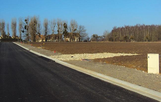 Terrains du constructeur ALPHA CONSTRUCTIONS • 636 m² • SAINT QUENTIN DE BARON