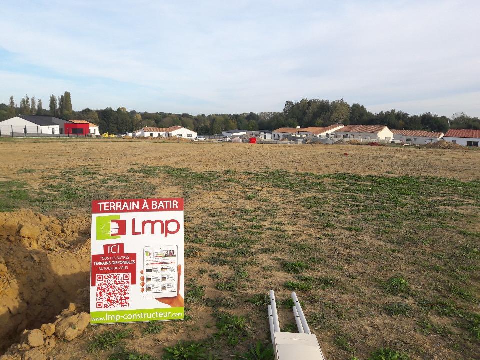 Terrains du constructeur LMP CONSTRUCTEUR • 493 m² • MESNARD LA BAROTIERE