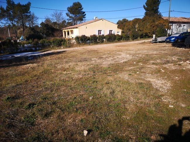Terrains du constructeur MAISONS FRANCE CONFORT • 480 m² • FOX AMPHOUX