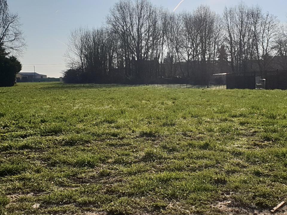 Terrains du constructeur MAISONS BALENCY • 1130 m² • REBAIS