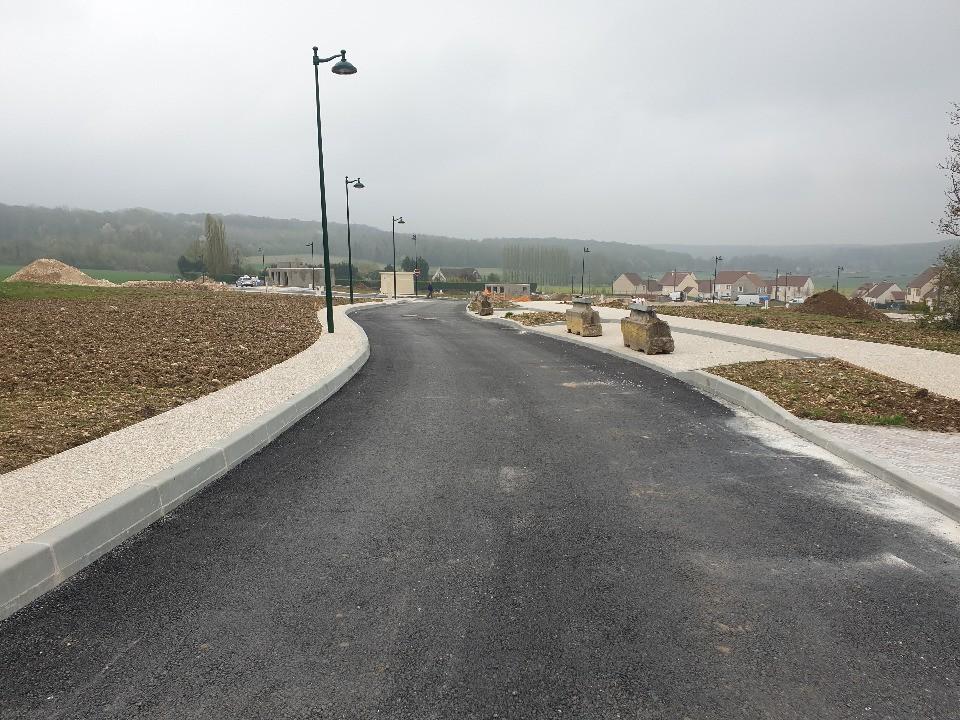 Terrains du constructeur MAISONS BALENCY • 559 m² • ROZAY EN BRIE