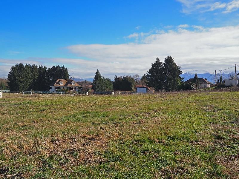 Terrains du constructeur SAFTI • 570 m² • BEAUCROISSANT