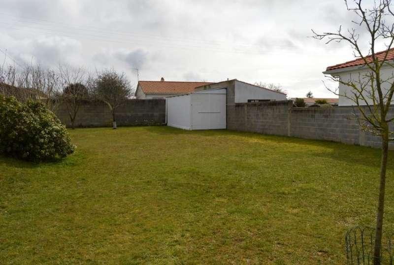 Terrains du constructeur SQUARE HABITAT CHALLANS • 500 m² • CHALLANS
