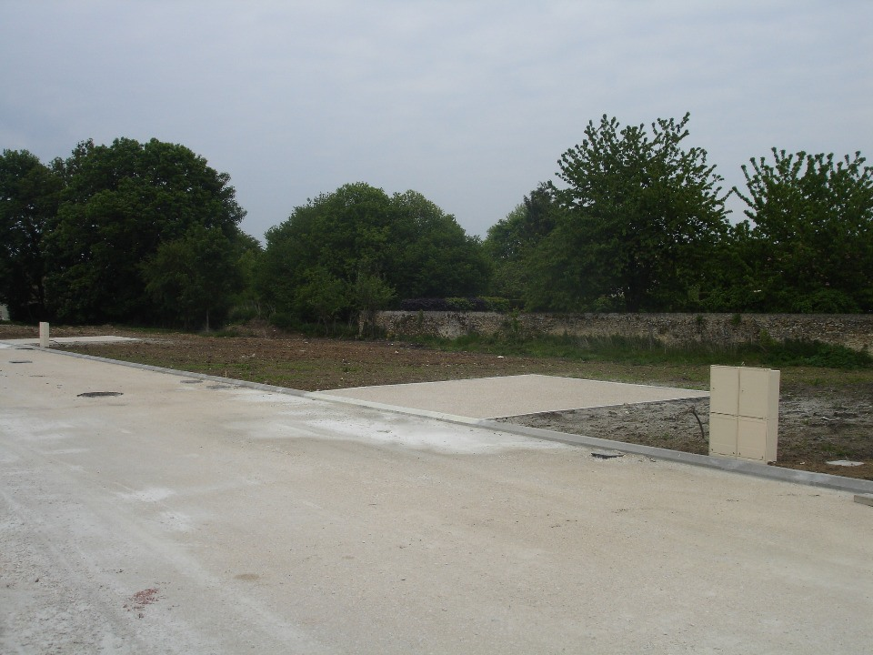Terrains du constructeur MAISONS FRANCE CONFORT • 340 m² • URY