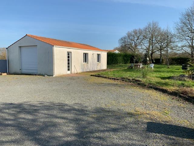 Terrains du constructeur AJP IMMOBILIER • 1400 m² • LA GARNACHE