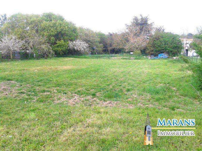 Terrains du constructeur MARANS IMMOBILIER • 865 m² • ANDILLY