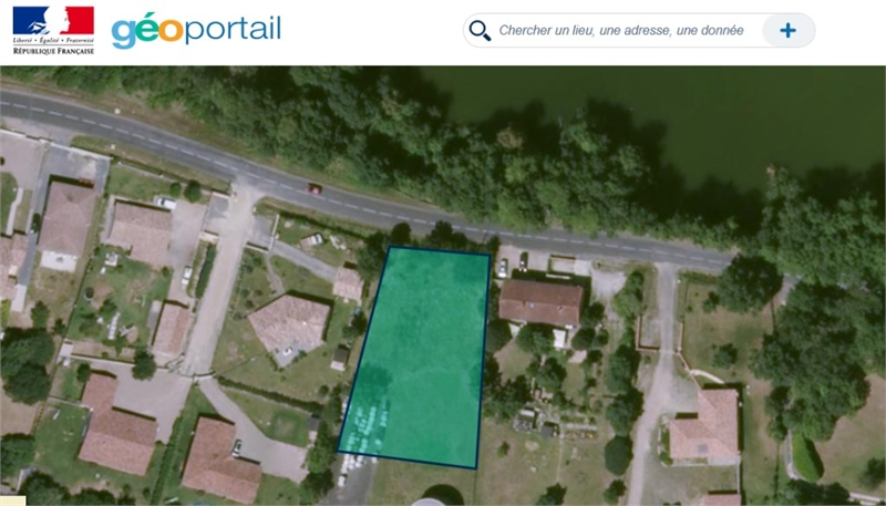 Terrains du constructeur CAPI FRANCE • 910 m² • MARSSAC