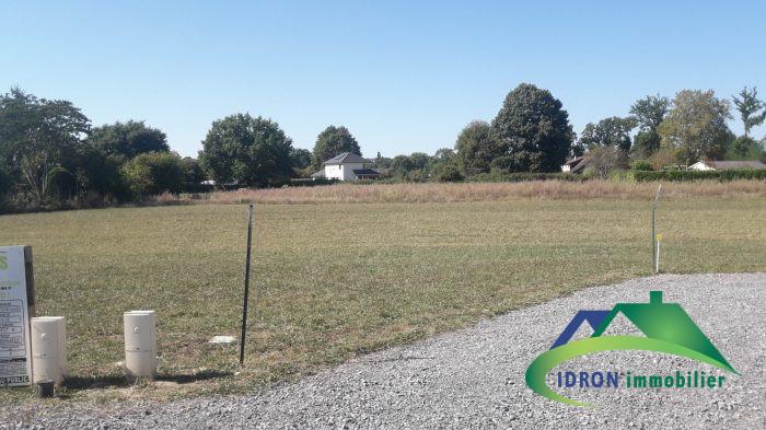 Terrains du constructeur IDRON IMMOBILIER • 1028 m² • THEZE
