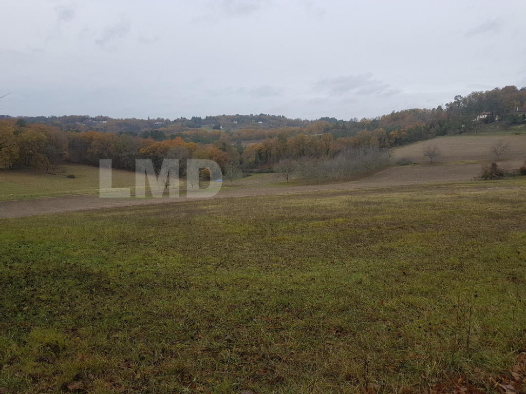 Terrains du constructeur LMD IMMOBILIER • 1505 m² • CHAMPCEVINEL