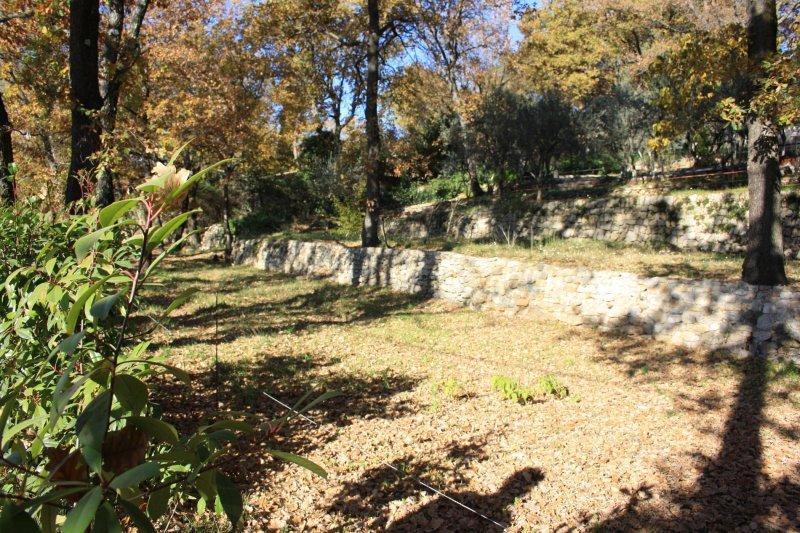 Terrains du constructeur EXPERTIMO • 800 m² • CALLAS