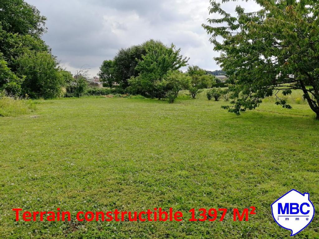 Terrains du constructeur MBC IMMO • 1379 m² • SAINT PIERRE MONTLIMART