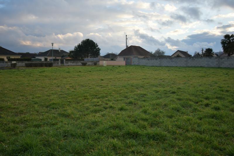 Terrains du constructeur CPC INVEST NAY • 460 m² • MIREPEIX