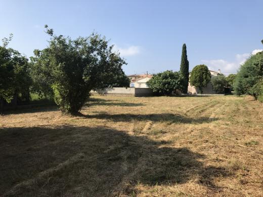 Terrain à vendre .(410 m²)(FREJUS) avec (LES MAISONS DU MIDI)