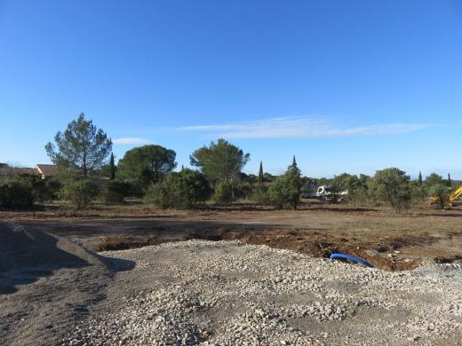 Terrain à vendre .(3008 m²)(NIMES) avec (SAS FONCIERE BAMA)
