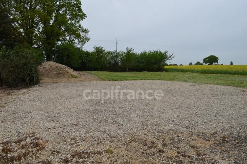 Terrains du constructeur CAPI FRANCE • 1340 m² • CLOYES SUR LE LOIR