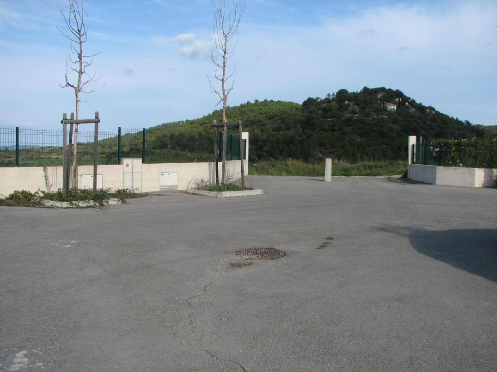 Terrains du constructeur SEXTANT FRANCE • 646 m² • MONTMIRAT