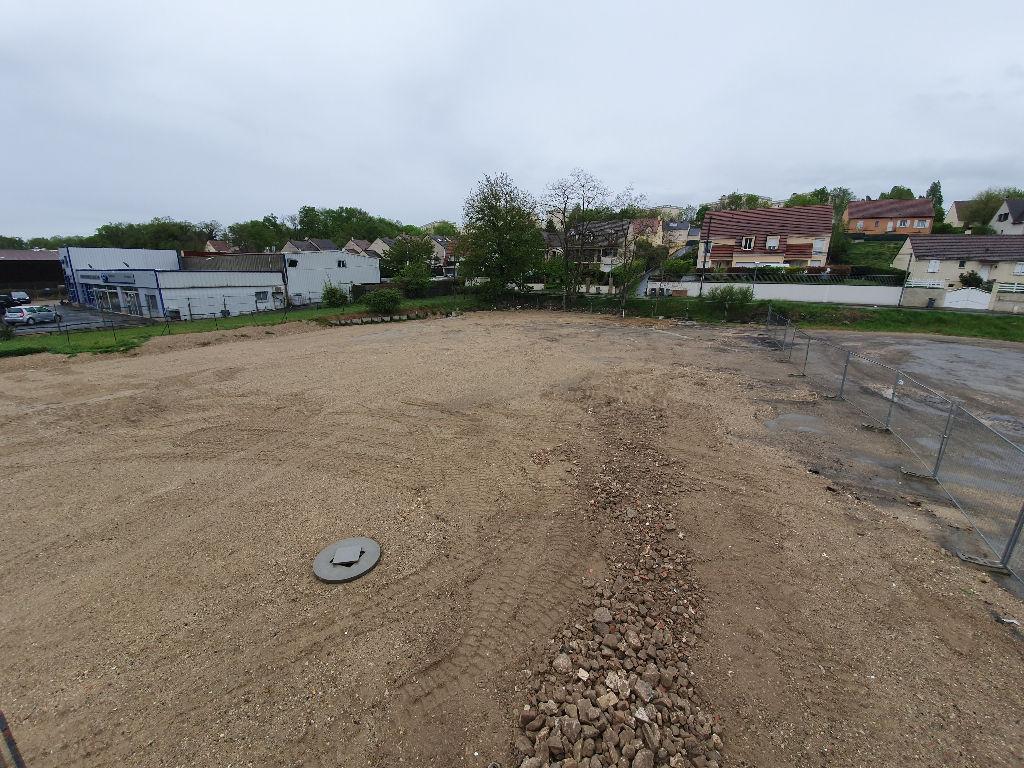 Terrains du constructeur GUY HOQUET IMMOBILIER NEMOURS • 2140 m² • NEMOURS
