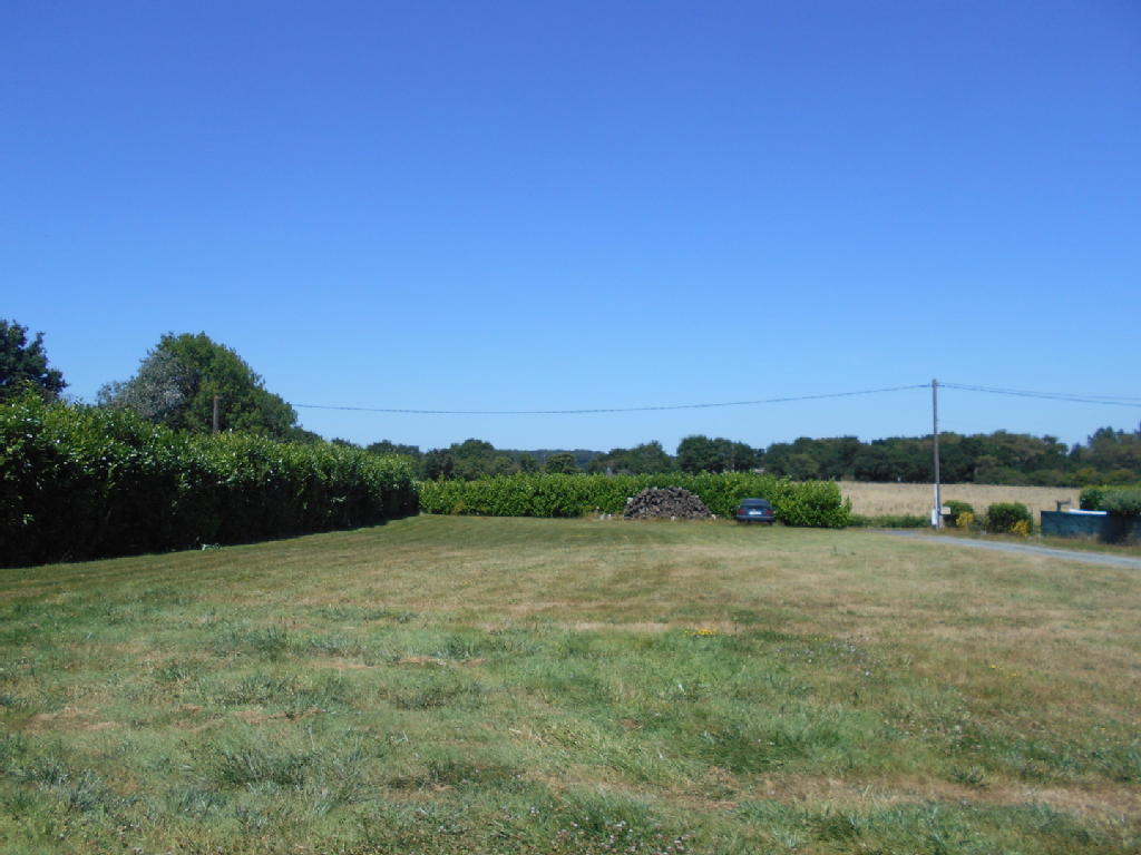 Terrains du constructeur LES PORTECLES DE L'IMMOBILIER • 800 m² • SAINTE MARIE